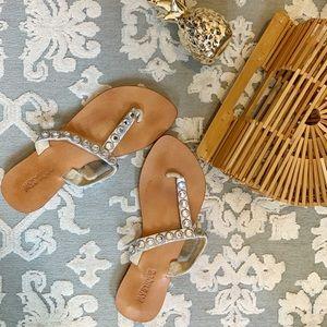 Mystique leather embellished flip flops sz8